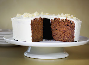 Anna's Gluten-Free Recipe Featured in The Boston Globe.  Click on cake for the recipe.