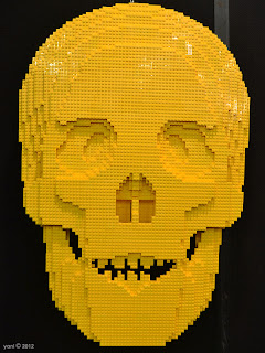 yellow brick skull