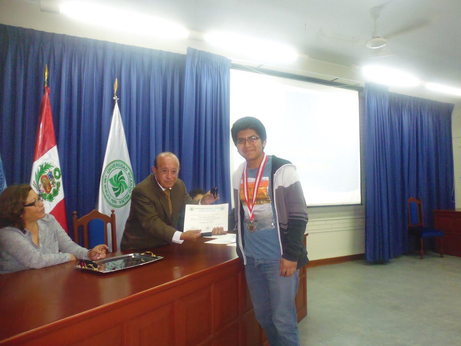 SUBCAMPEON NACIONAL DE LA IX OLIMPIADA PERUANA DE BIOLOGIA OPB 2014.