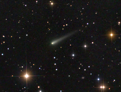 Photograph of Ison by David Peach showing tail and coma