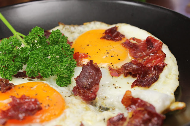Basterma and egg, Egyptian bacon and eggs