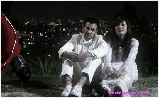 Gambar Shila Amzah dan Sharnaaz Ahmad