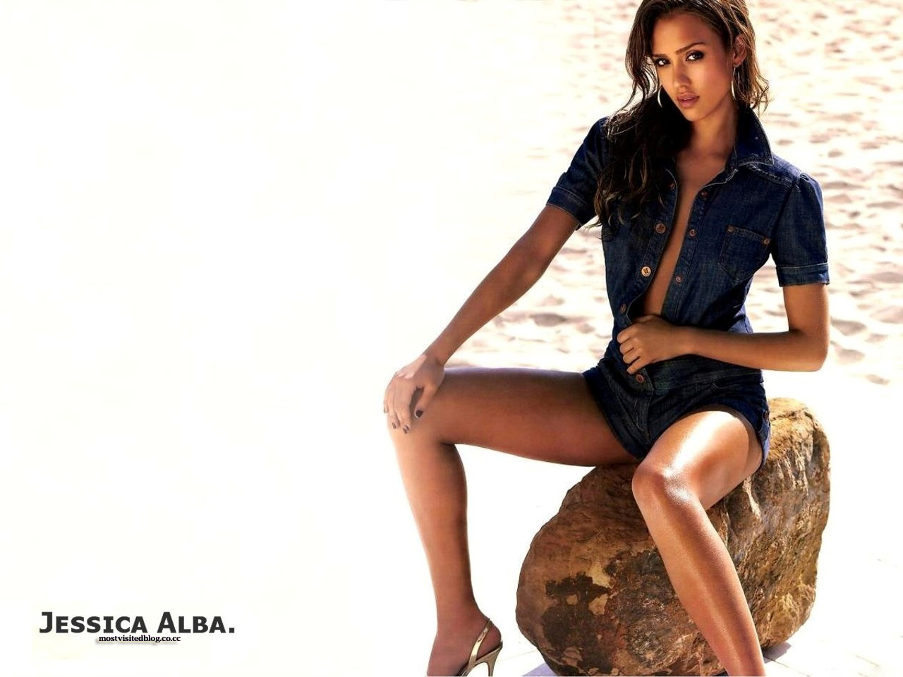 Womde Photos: Biography and favorites of Jessica Alba: