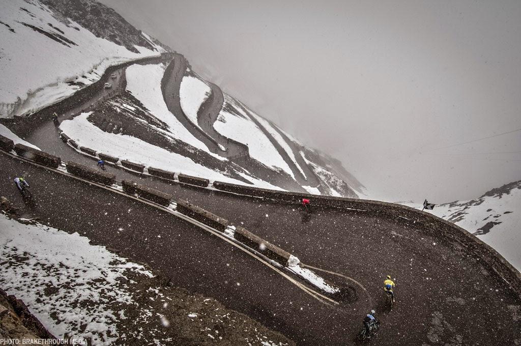 [PHOTO]冬には冬用ロードシューズを選びましょう
