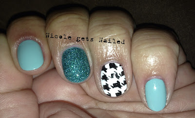 Houndstooth with Tiffany Blue