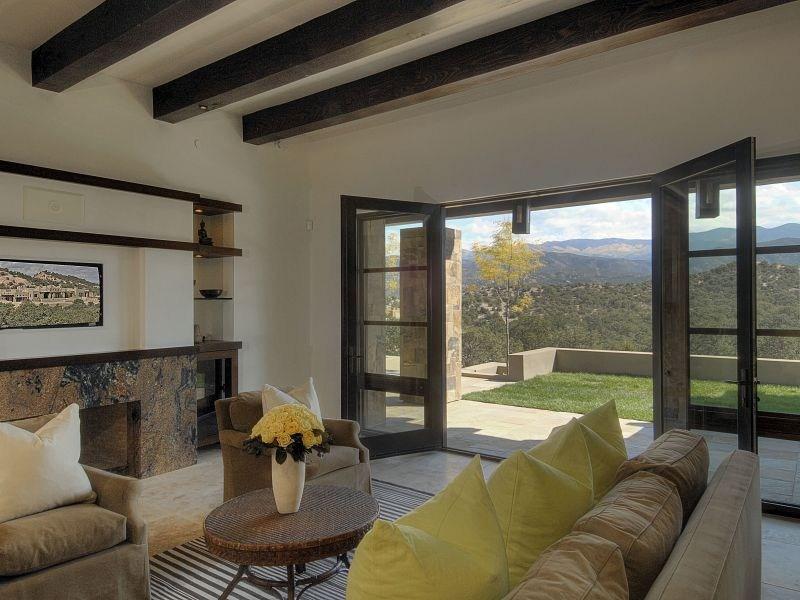 Rustico y moderno estilo santa fe for Fachadas de casas estilo rustico moderno