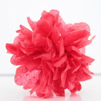 Easy Peasy Paper Pom Pom Ornaments