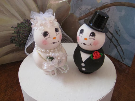 Kiss Kiss Weddings and Events: Snowman Wedding Cake Toppers