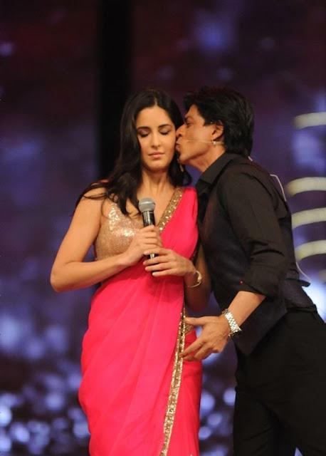 katrina kaif and shahrukh colors screen award 2012 pics