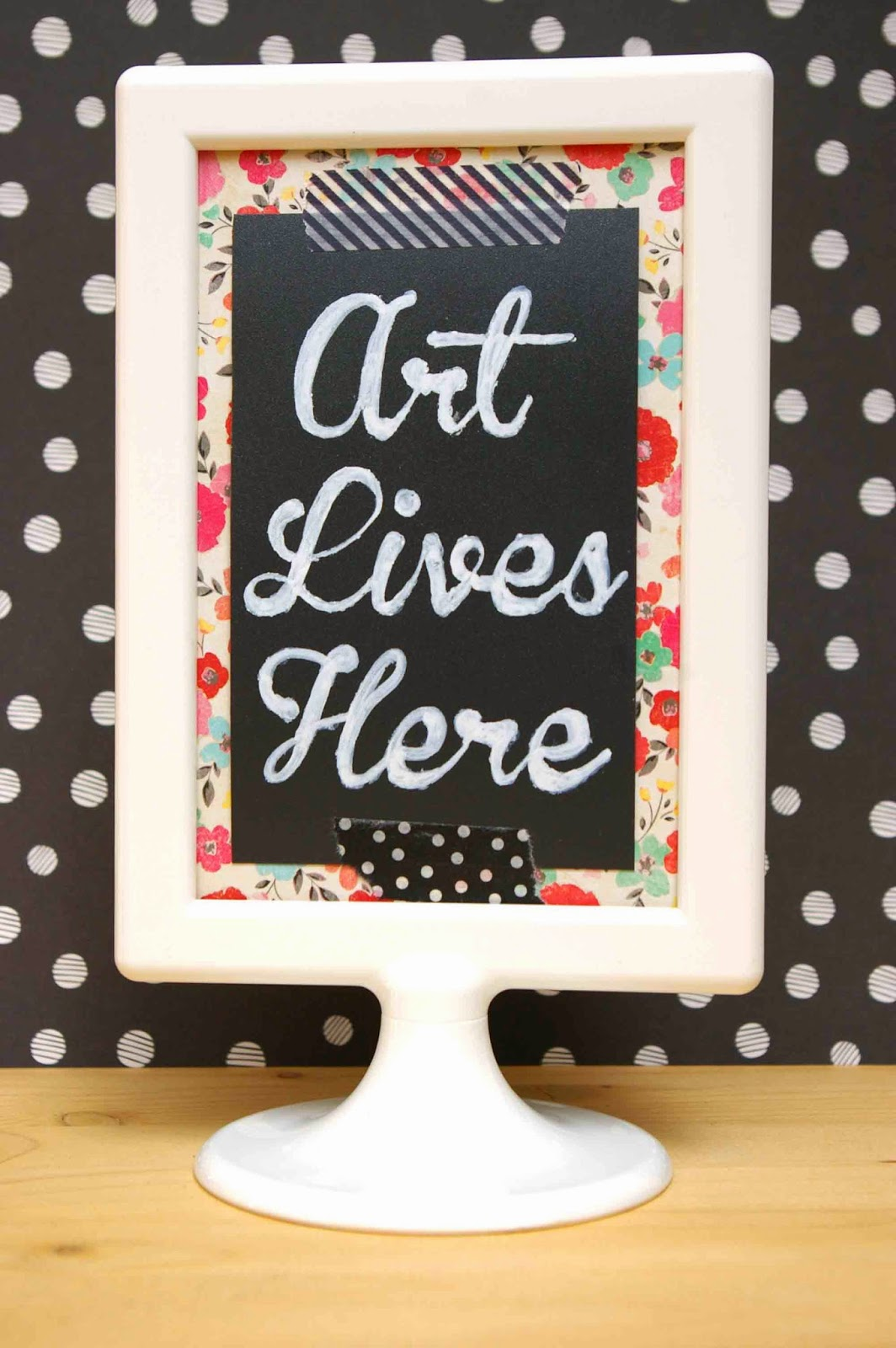 SRM Stickers Blog - Chalkboard Vinyl Decor by Lorena - #vinyl #chalkboard #decor