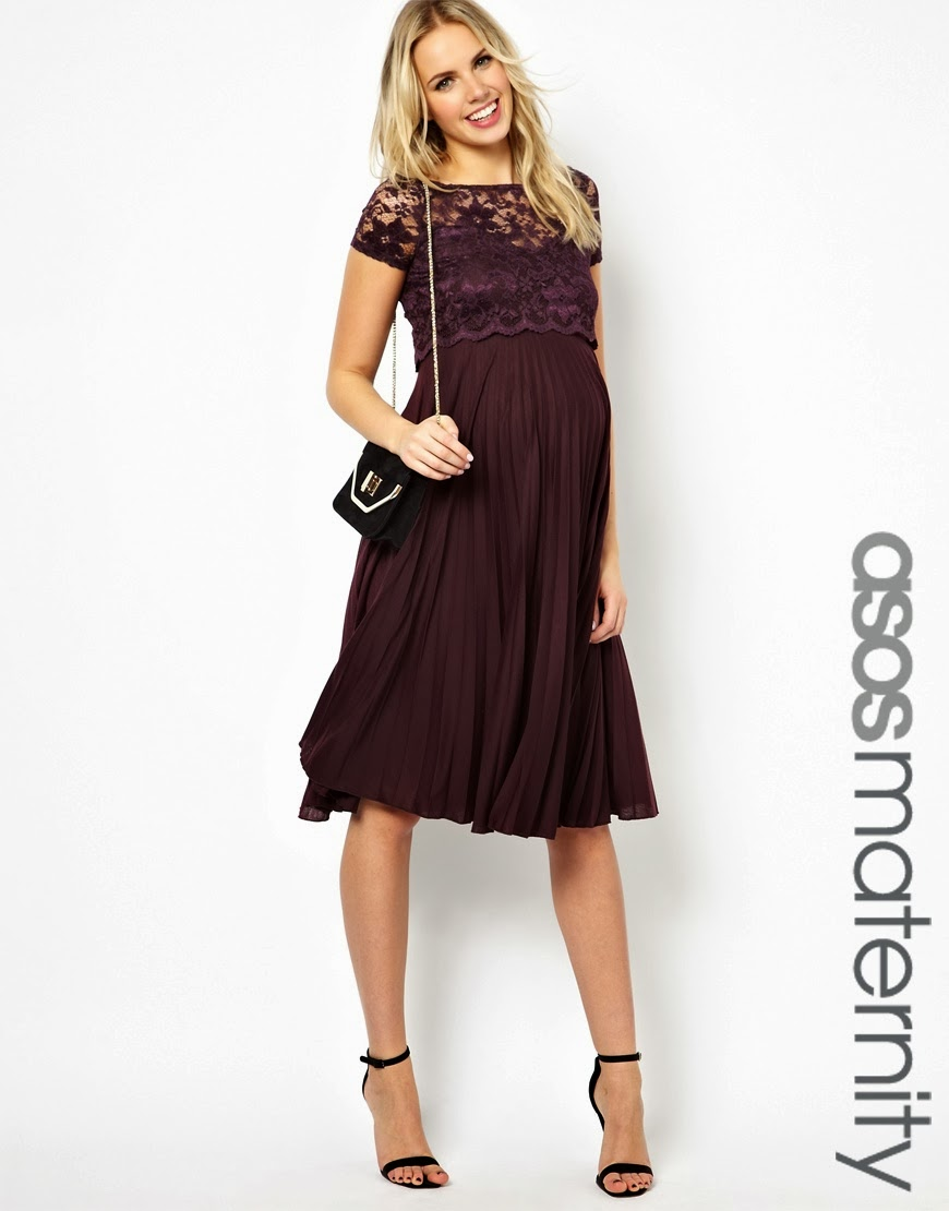 top lace detailing and pleated skirt part are so cute on this dress