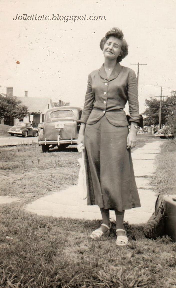 Mary Eleanor Davis Slade Charlottesville, VA 1952