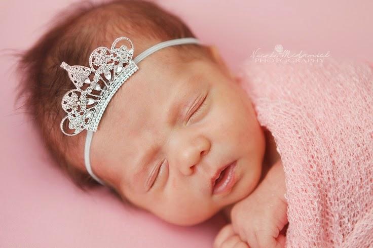 Une Photo bébé avec accessoire