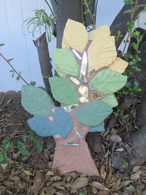 stucco art tree