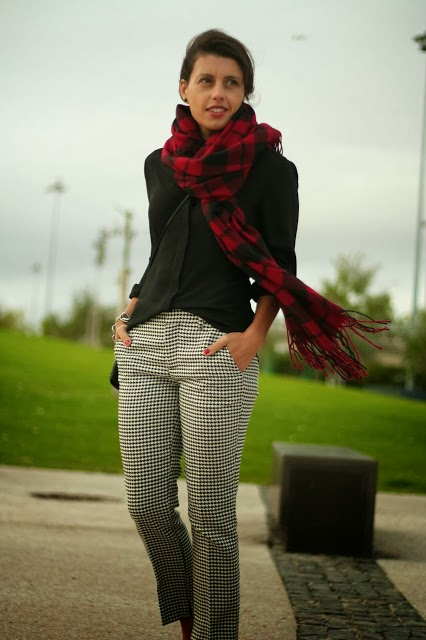 http://ilovefitametrica.blogspot.pt/2013/10/scarf-time.html#more