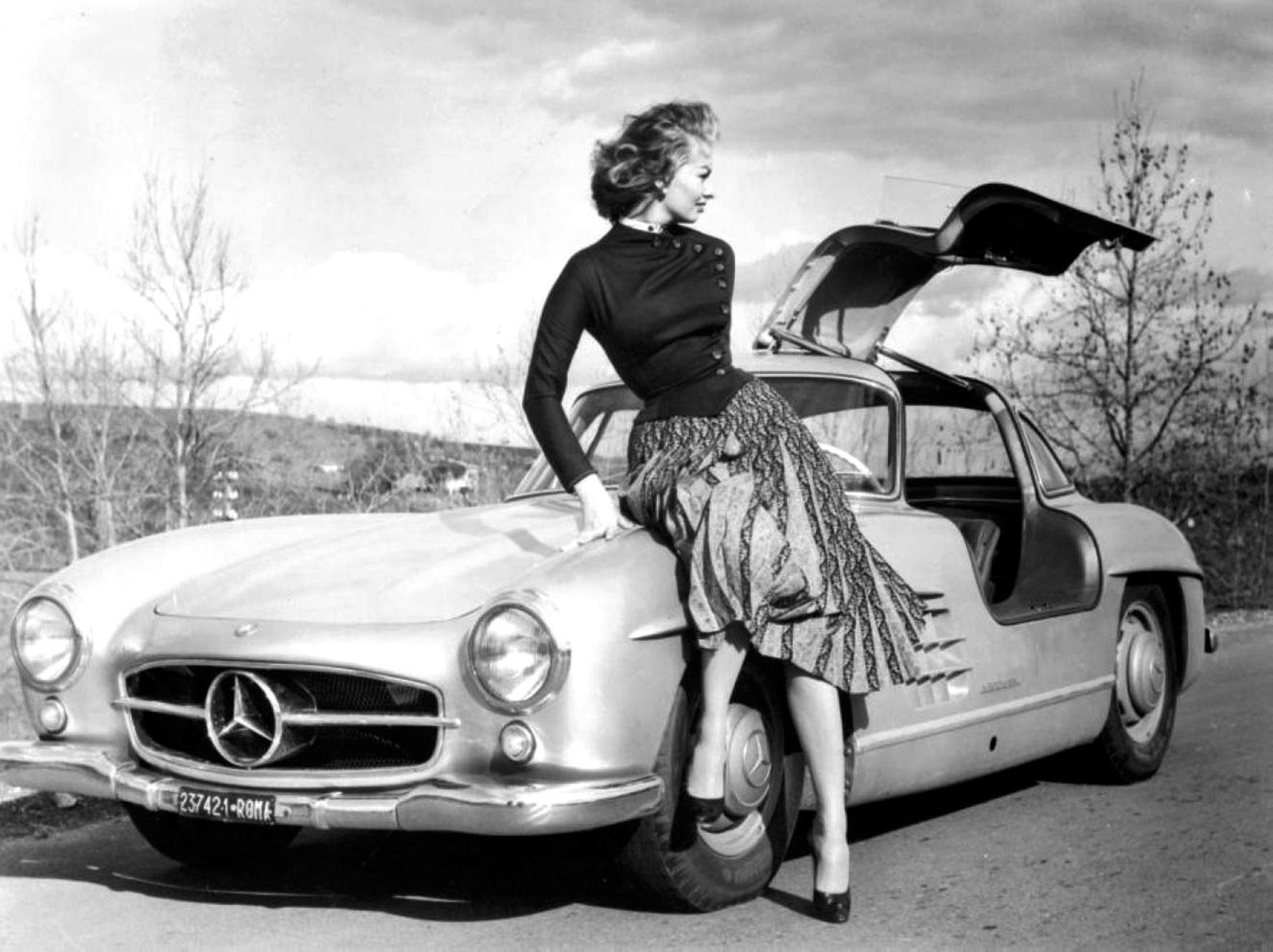 Sophia Loren Rockin The 1955 Mercedes SL Gullwing