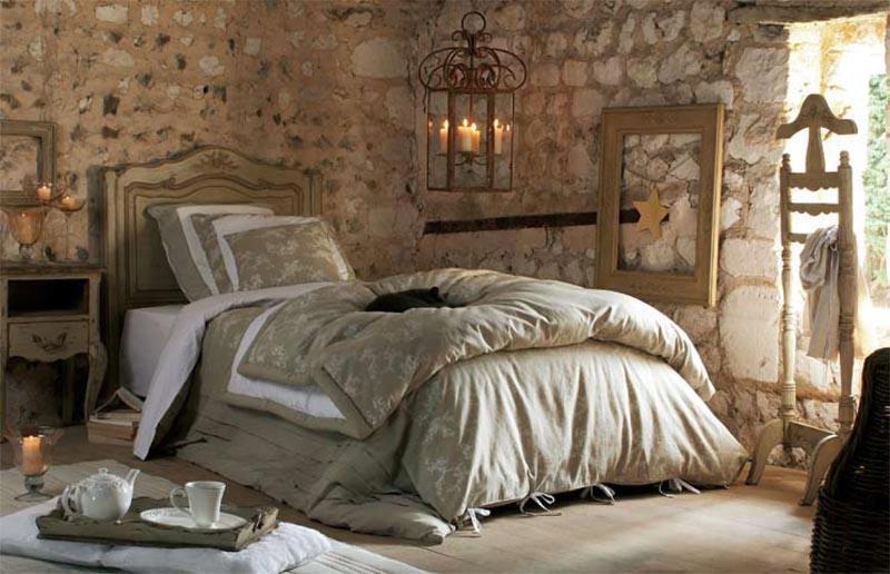Camera Da Letto Matrimoniale In Francese : Camera da letto decap. arredo bagno caravan mobile arte povera decap