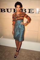 """Solange%2BBurberry2 Solange Knowles en total look Burberry pour le lancement du parfum """"Burberry Body"""""""