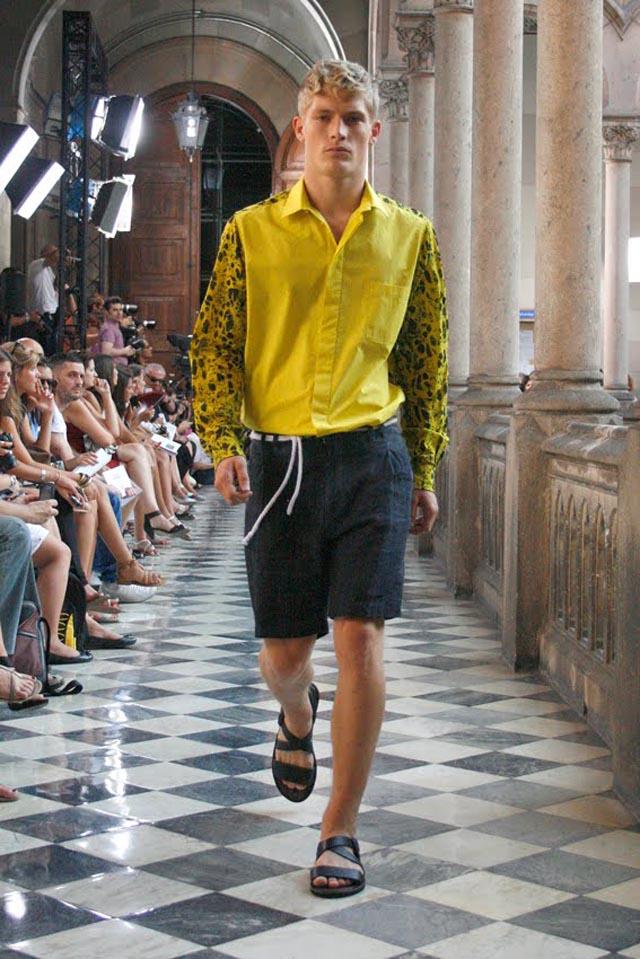 jan-iu-mes-080-barcelona-fashion-spring-summer-2012