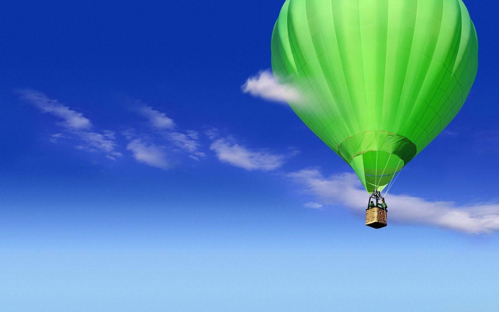 http://4.bp.blogspot.com/-U50dT124xrk/TeC2Mug7mxI/AAAAAAAAAZk/dc81HPlt0Pw/s1600/809-hot-air-balloon-wallpaper.jpg