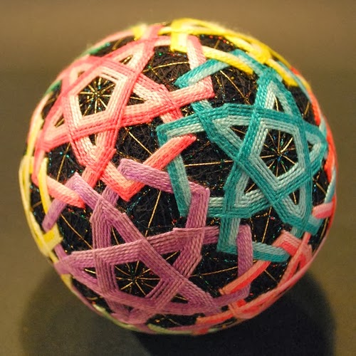 22-Embroidered-Temari-Spheres-Nana-Akua-www-designstack-co