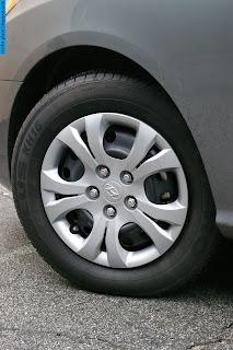 Hyundai elantra car 2012 tyres/wheel - صور اطارات سيارة هيونداى النترا 2012