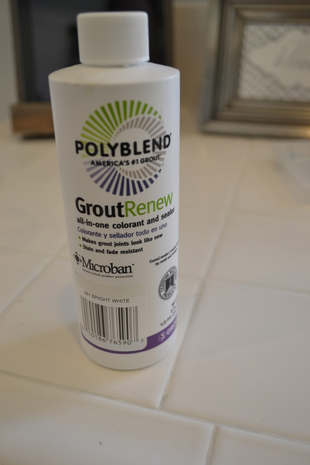 Queen of kings polyblend grout renew review for How to make grout white again