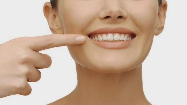Makanan dan Minuman Yang Berbahaya Bagi Kesehatan Gigi