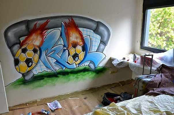 Berok graffiti mural profesional en barcelona julio 2014 - Habitaciones con graffitis ...