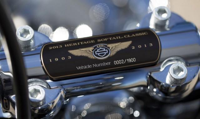Harley-Davidson Heritage Softail clássico 110 º aniversário