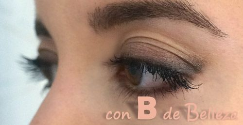 Look ojos rasgados swatches