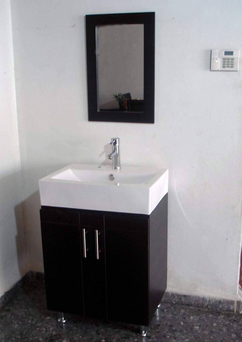 Gabinete y lavabo minimalista oferta muebles y for Oferta lavabos