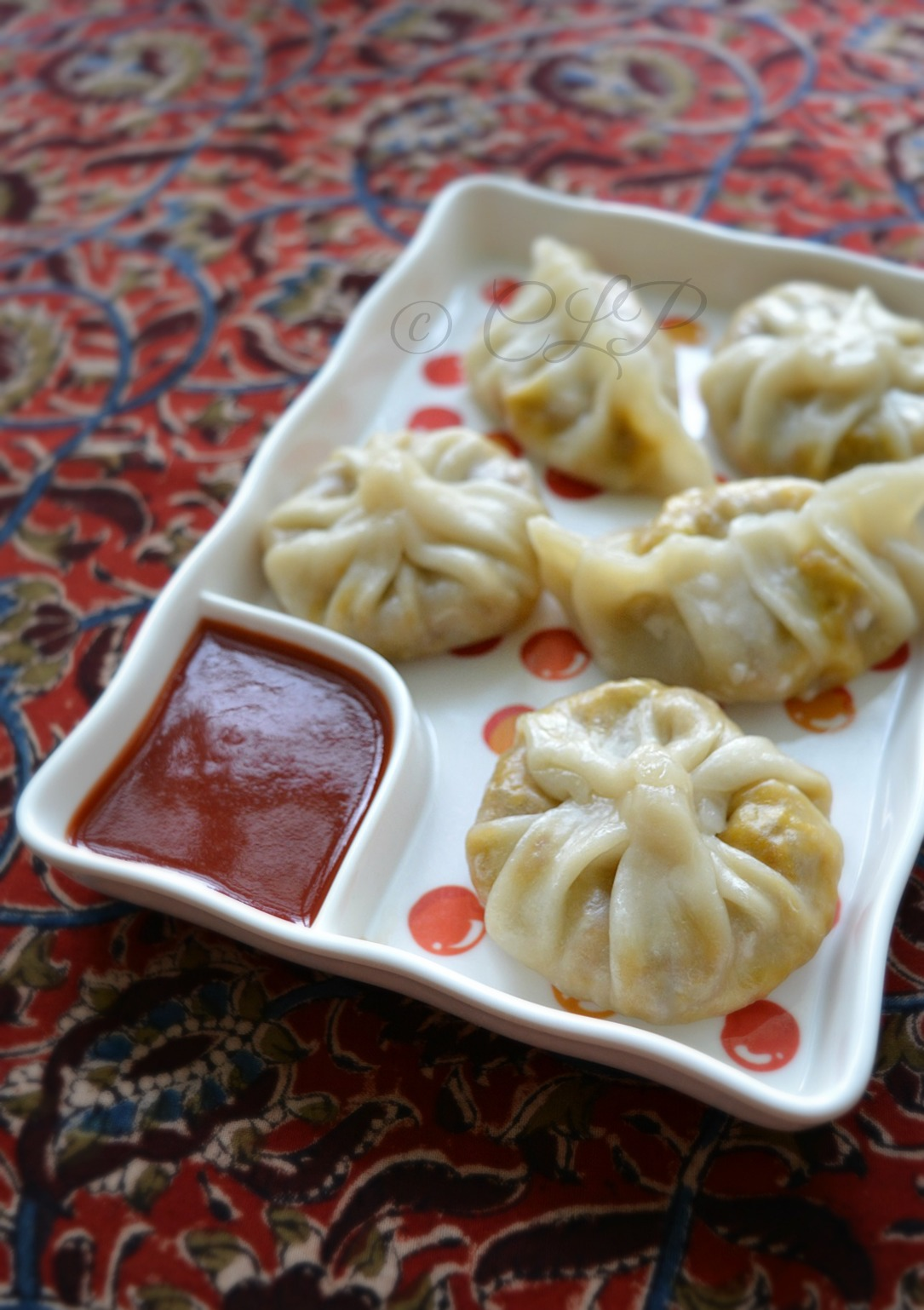 Cook like Priya: Veg Momos Recipe | Schezwan Vegetable Momo