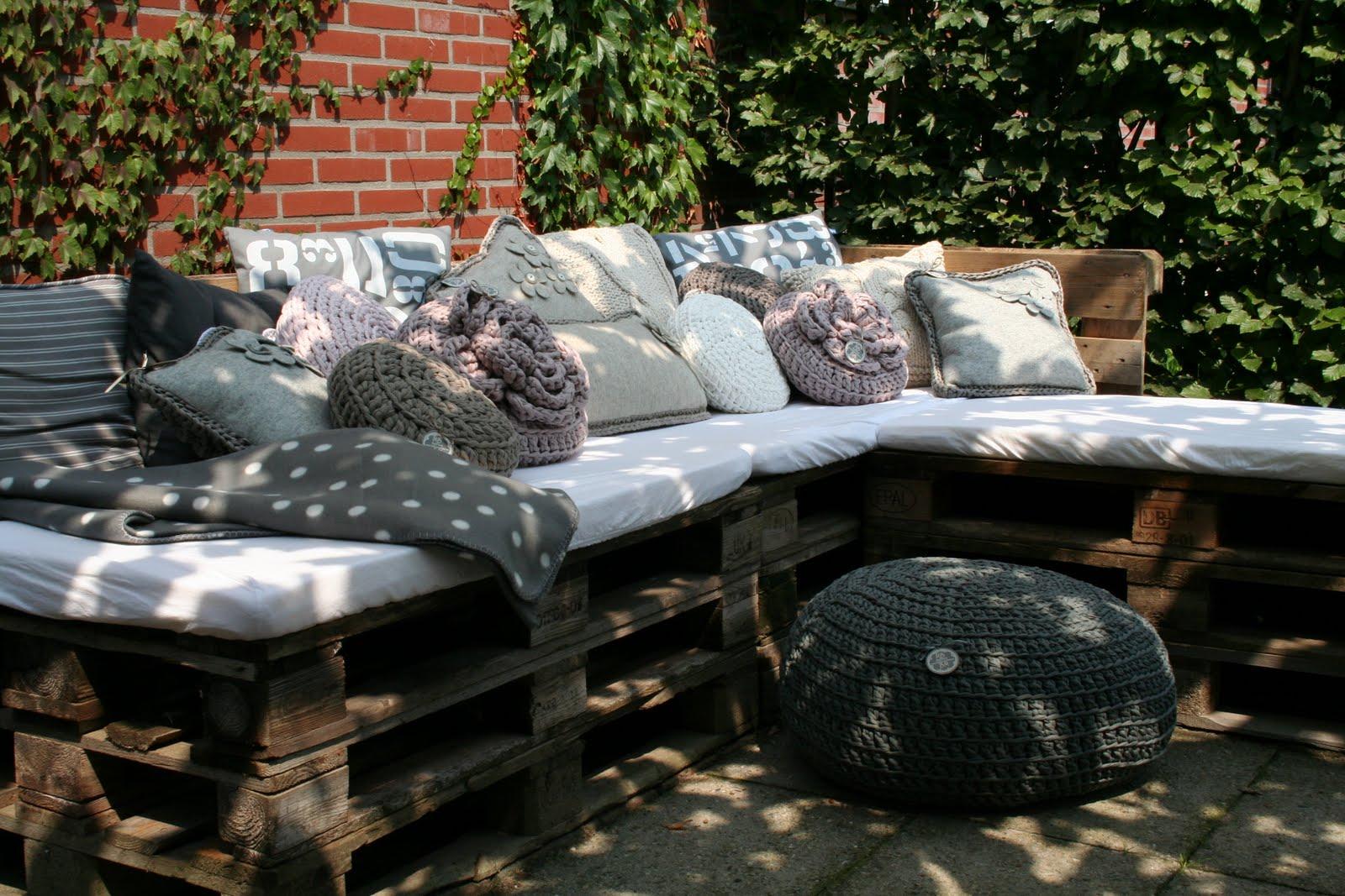 mignon loungebank. Black Bedroom Furniture Sets. Home Design Ideas