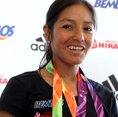 Foto de Inés Melchor con una sonrisa en el rostro