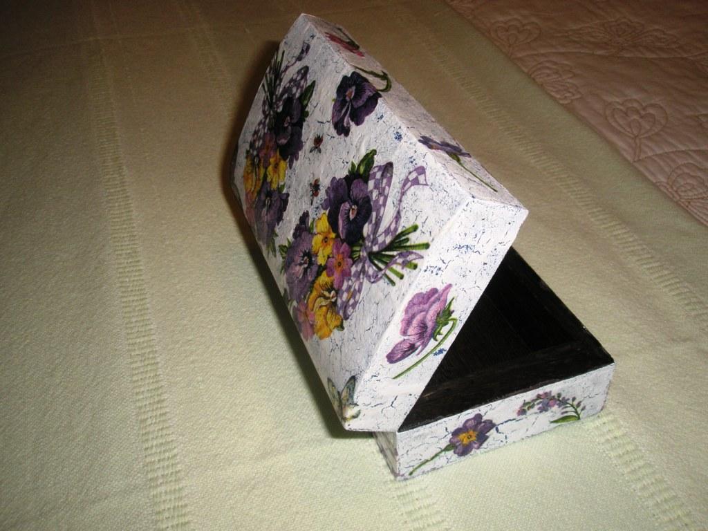 El cajon de manualidades caja de madera decorada - Manualidades caja de madera ...