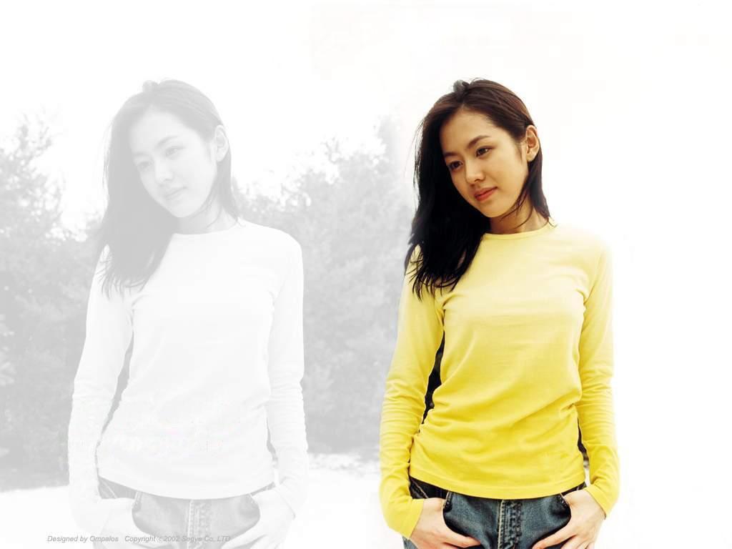 http://4.bp.blogspot.com/-U70-TPa-k18/UEdu9EgqZbI/AAAAAAAAAzM/p-VzO2XhMX4/s1600/son-ye-jin_1024x768_58954.jpg