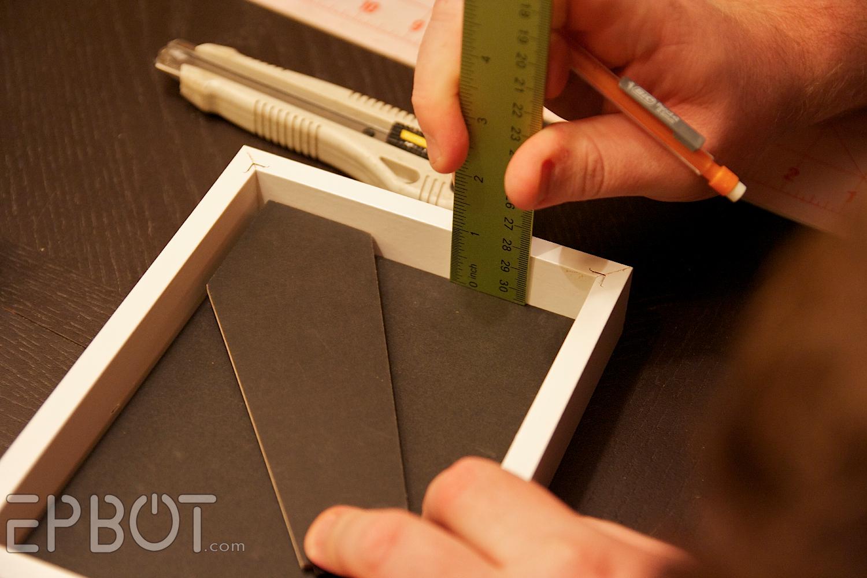 turn any fat frame into a shadowbox frame - Diy Shadow Box Frame