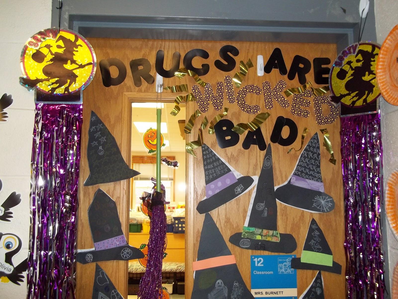 Second Grade Best Red Ribbon Week Door Decorations