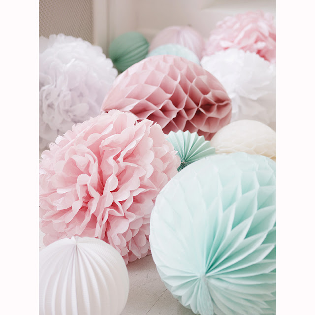 pompoms