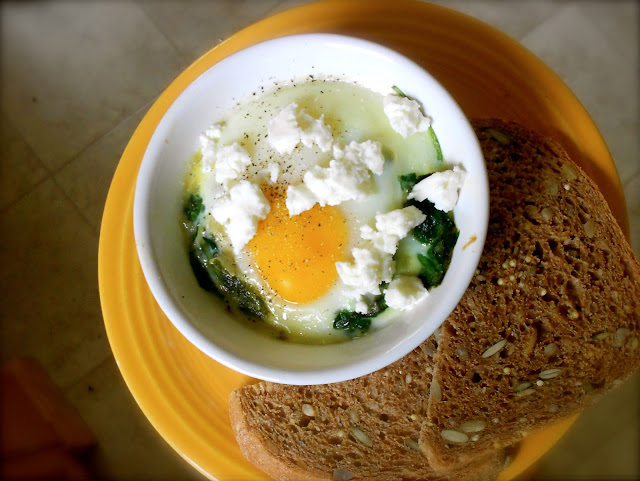 single serving spinach feta egg bake spinach shallot feta olive