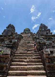 escalier-ta-keo-angkor-cambodge