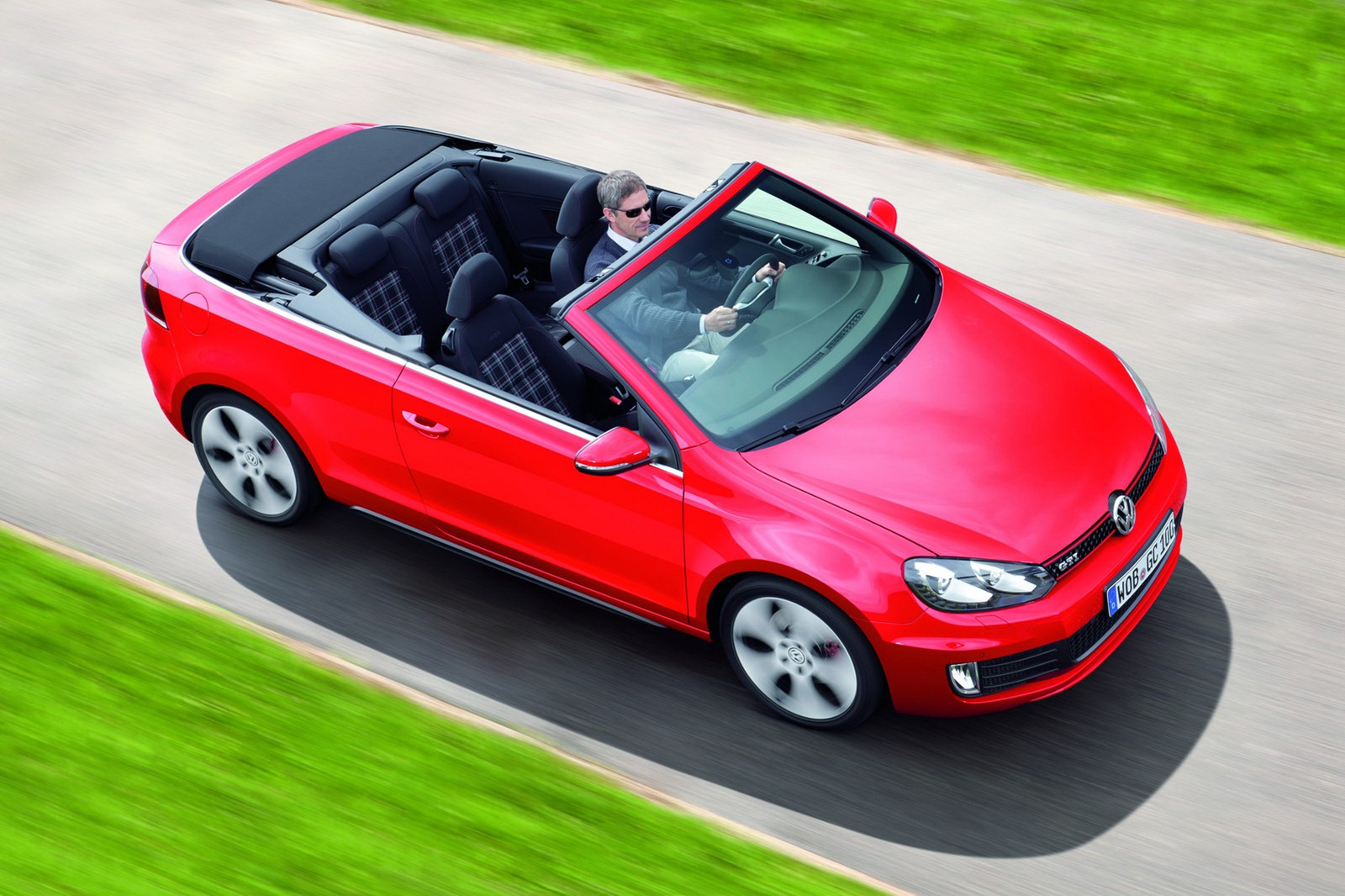 Slike Golf 2 GTI http://avtosvetnovice.blogspot.com/2012/05/vw-golf-gti-cabrio-slike-video.html