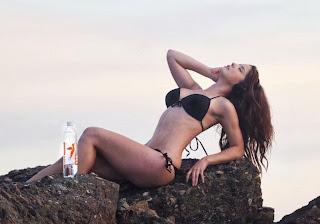 Amanda Cerny Black Bikini Venice, Italy
