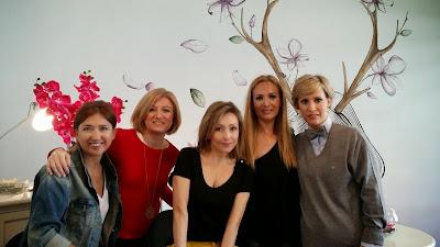 Carmen, Mariola, Rosa, Rocío y yo después del curso de automaquillaje en I´m Pretty - Foto: Carmen Hummer
