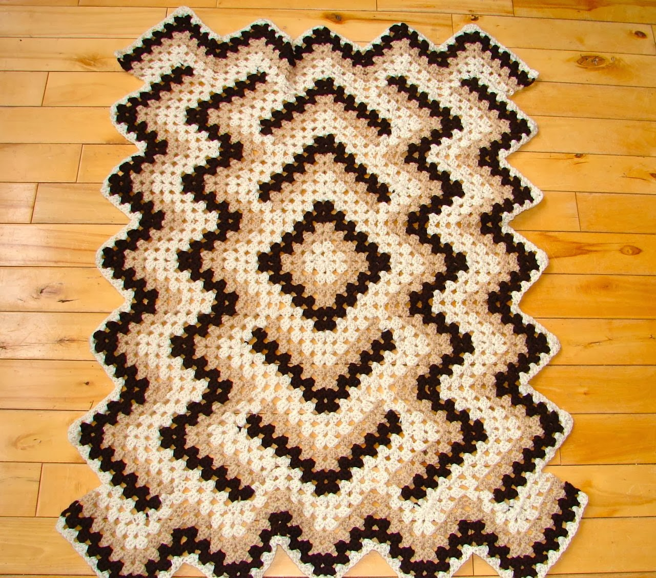 Amys passions coffee n cream drop in the pond progress crochet as of yesterday morning my elizabeth hams drop in the pond afghan project has reached the published crib size but i truly love this pattern so im goin bankloansurffo Image collections