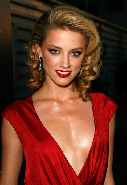 Amber Heard Latest Photo Shoot