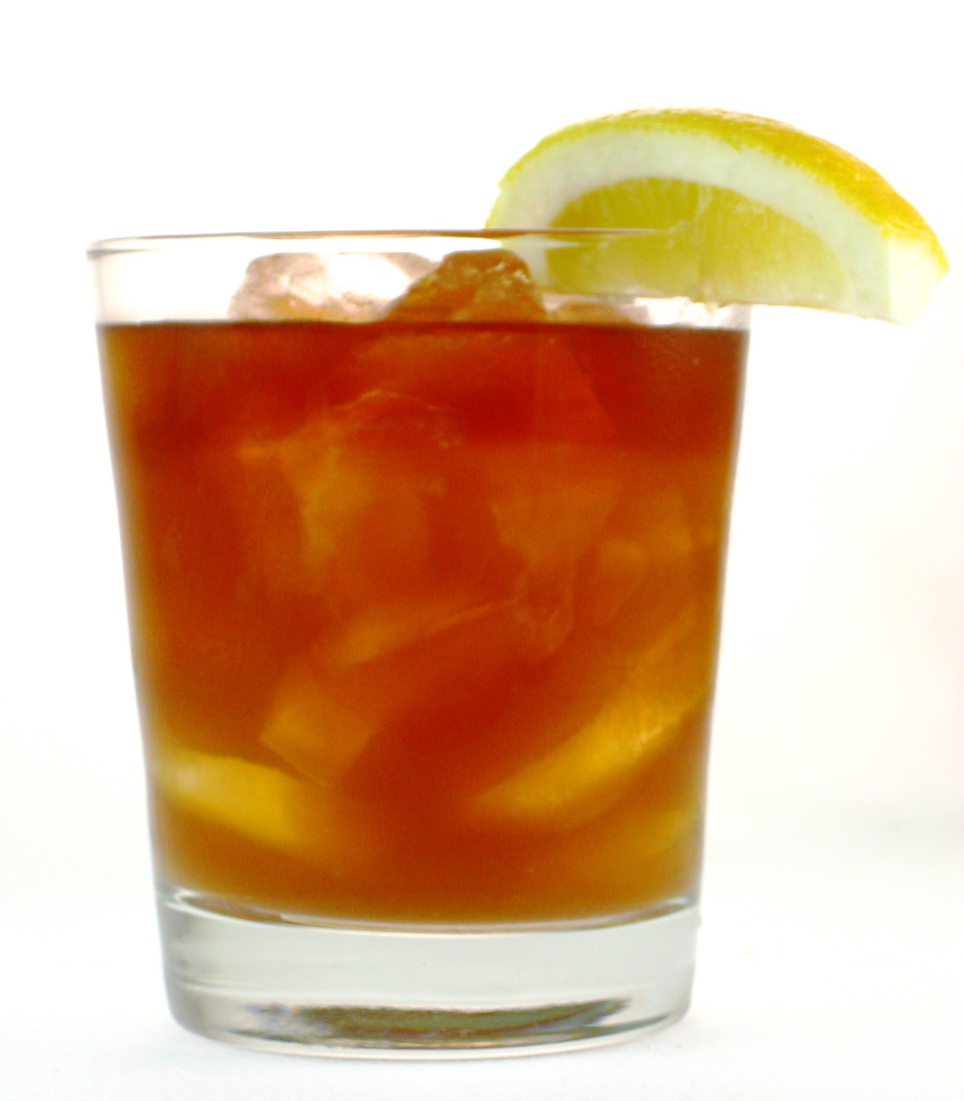 Mangiamo celebrate national rum day with captain morgan for Mixed drink with spiced rum