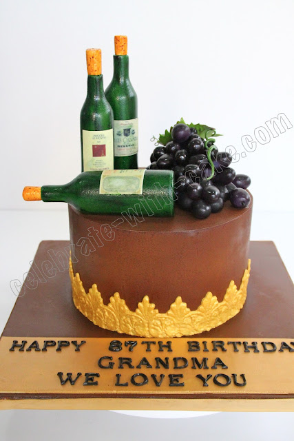 Grapes And Wine Cake