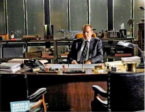 Clark Greg como el director Coulson en Agentes de S.H.I.E.L.D.